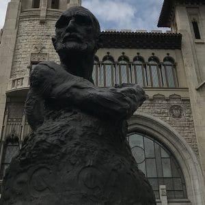 Statue of Francesc Cambo shown as Catalunya Barcelona discusses him