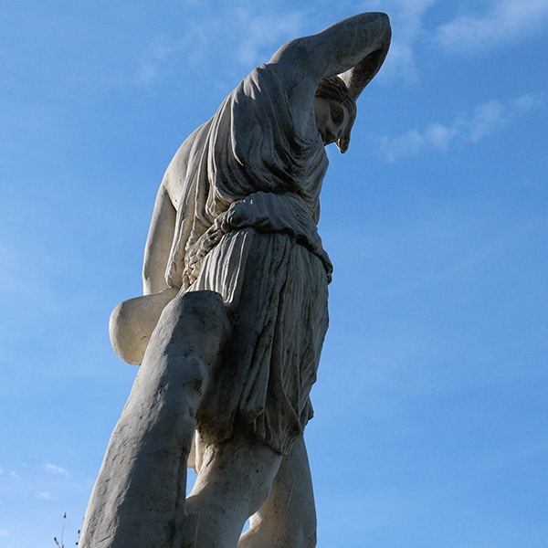 Statue image shown during Catalunya Barcelona video trailer