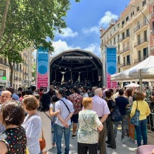 Street concert Sant Antoni Barcelona