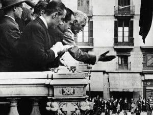 1931 - Francesc Macià proclaiming republic from Palau de la Generalitat