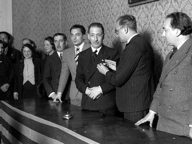 1933 - Lluís Companys receiving an honor from Josep Dencàs.