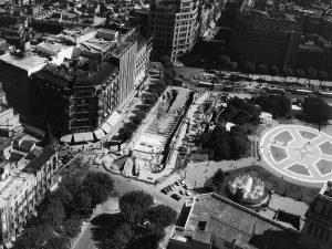 1966 - Construction underway near Plaça de Catalunya on parking lot beneath Carrrer de Pelai.