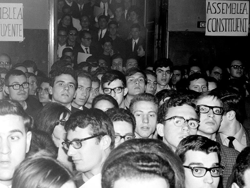 1966 - Assembly of students at the Captuxins de Sarrià