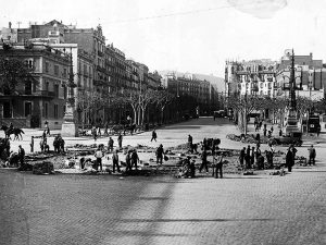 Construction on Passeig de Gràcia. 1925.