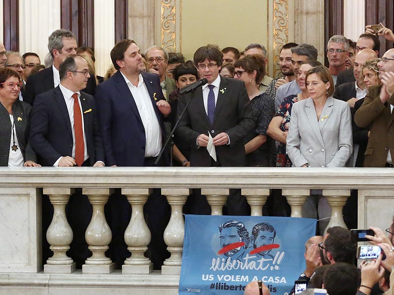 2017 - Carles Puigdemont speaking from within the Catalan Parliament building.