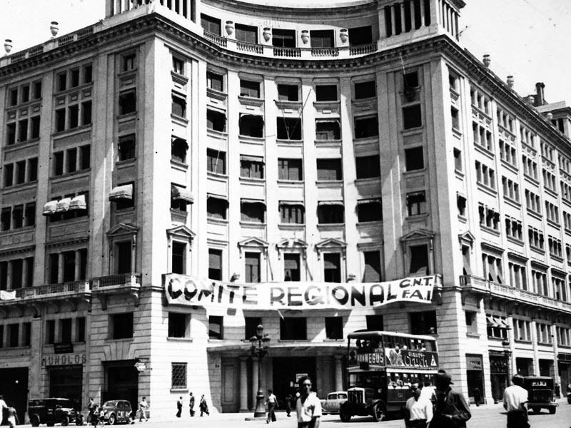 1936 - CNT Regional headquarters on Carrer Pau Claris.