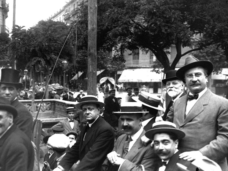 1920 - Alejandro Lerroux, head of the Radical Republican Party, arrives in Barcelona